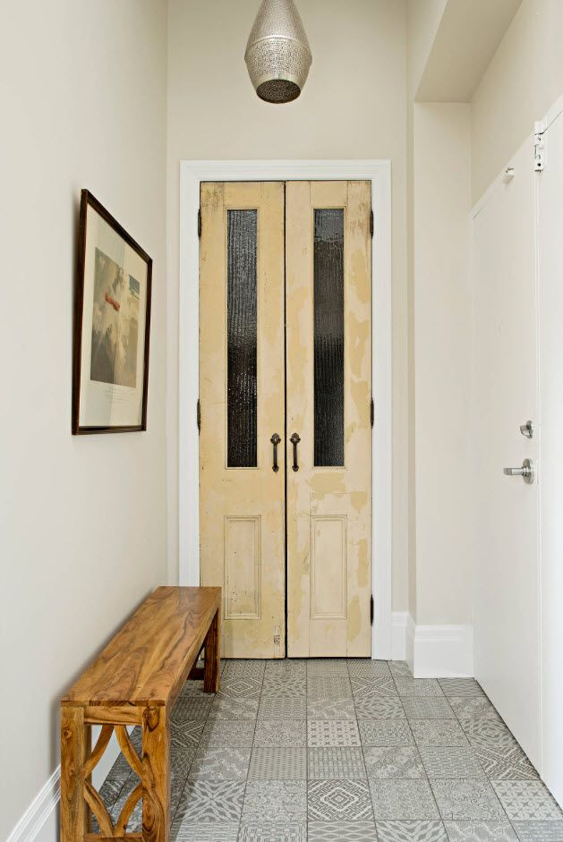 Entrance Hall Design Ideas 2017. Photos, Real Examples, Decoration Advice. White wooden entrance door with spectacular narrow windows and black hinges