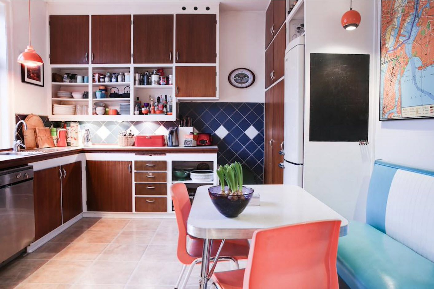 40 Square Feet Kitchen Modern Design Ideas & Layout Types. Neat color gamma with pink chairs and light brown furniture facades