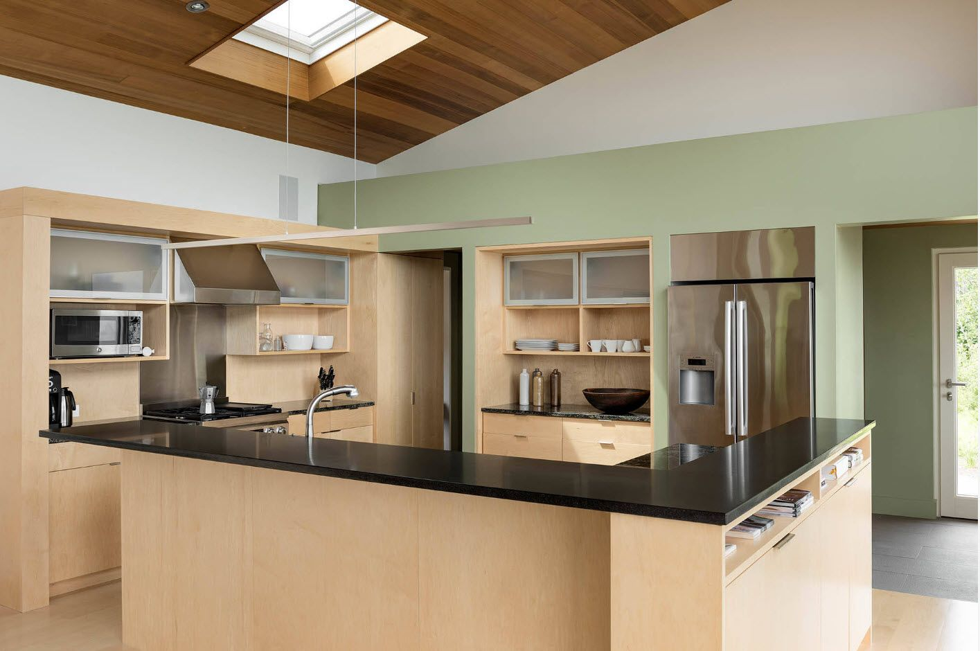 40 Square Feet Kitchen Modern Design Ideas & Layout Types. Ceiling slant with wooden texture and suspended white lamps