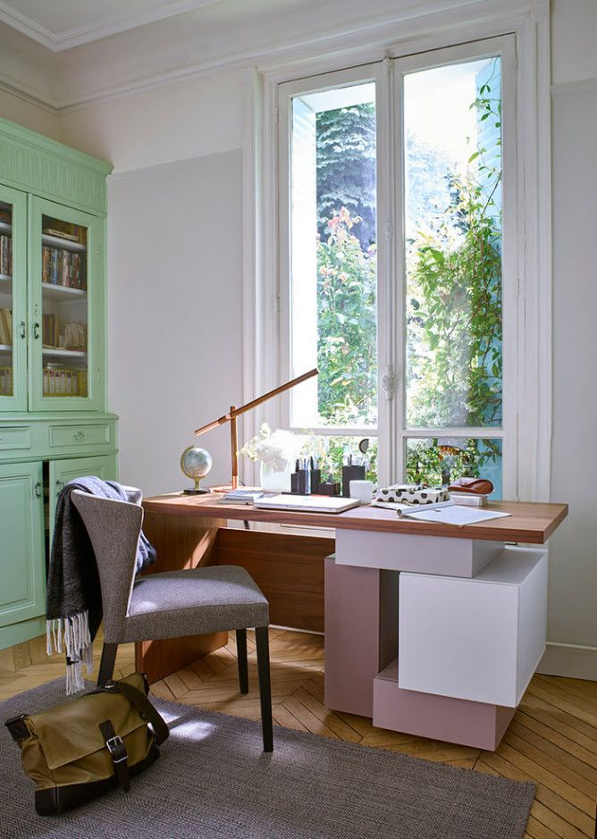 Neat lime wall for the modern home office with Classic design