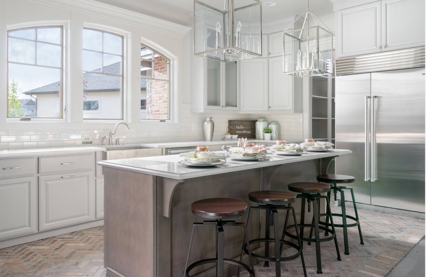40 Square Feet Kitchen Modern Design Ideas & Layout Types. Elongated island with white glossy tabletop and spectacular glass boxed lampshade