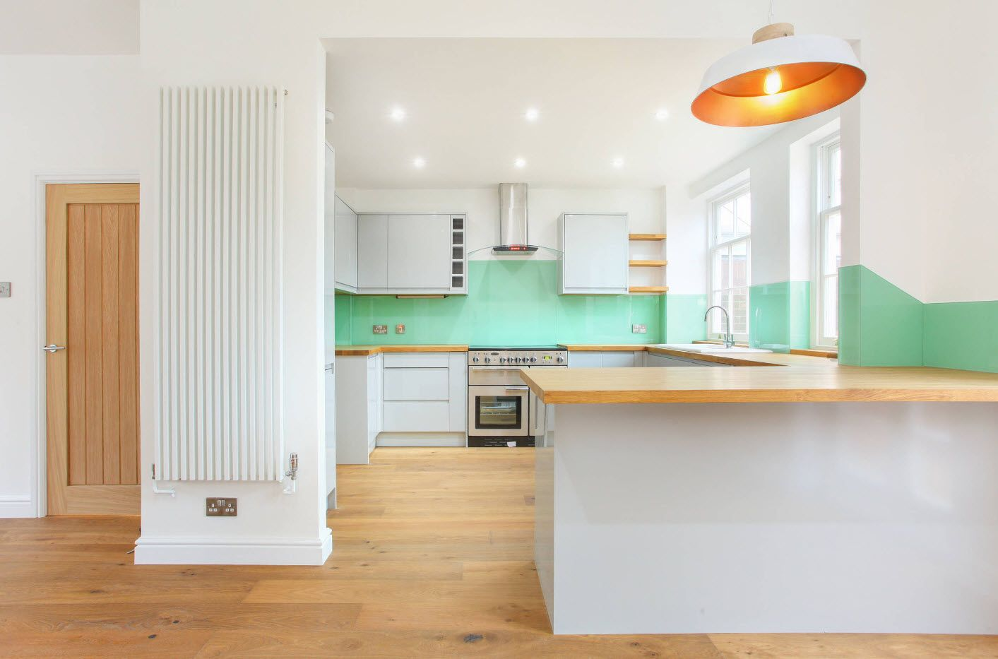 40 Square Feet Kitchen Modern Design Ideas & Layout Types. Absolutely white design and wooden floor and countertop