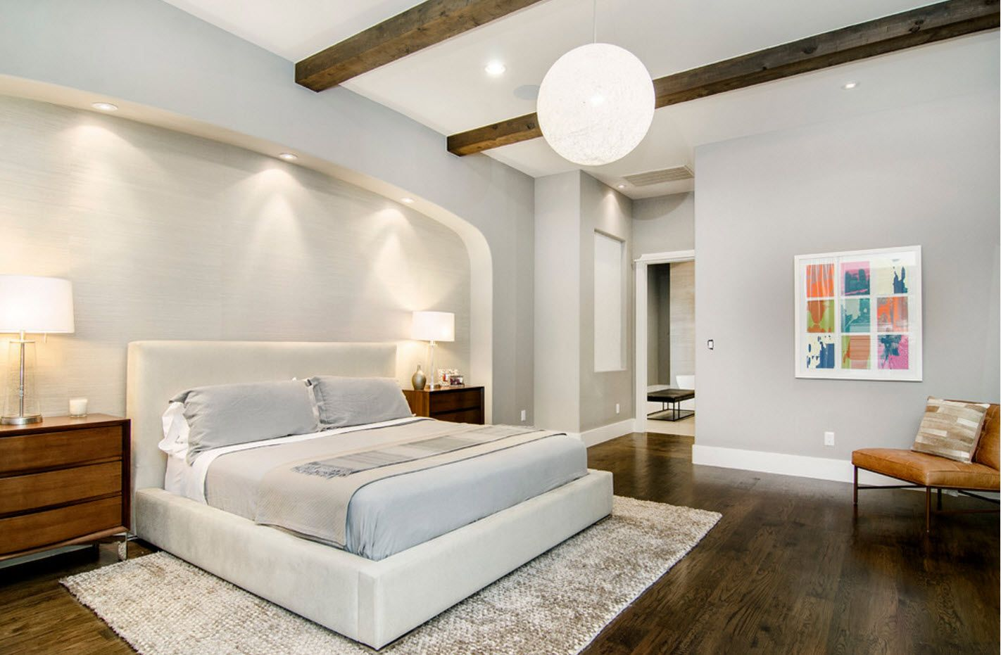 Modern Cottage Interior Design Tips. Trends and Features 2017. Succesful ope layout of the modern light with platform bed and full of light