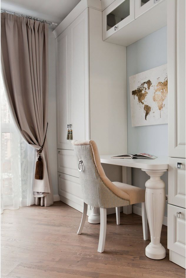 Top 100 Modern Home Office Design Trends 2017. Classic English style of the interior decorated with originally designed map