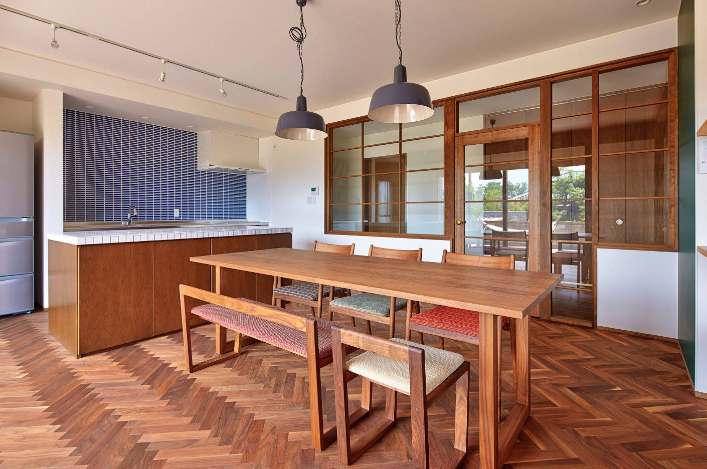 Total wooden idyll in the cottage dining zone