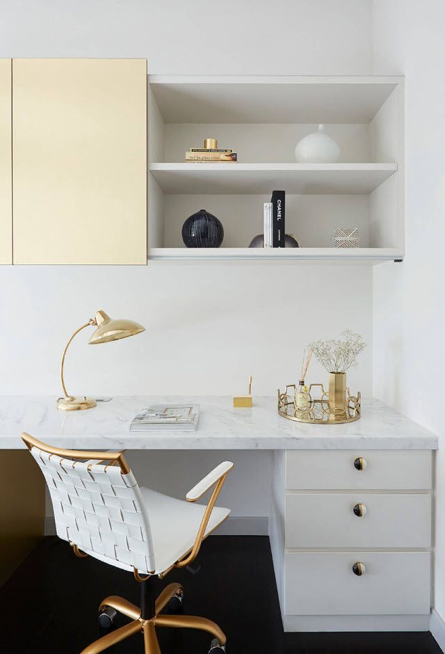 Top 100 Modern Home Office Design Trends 2017. Neat interior with golden tones
