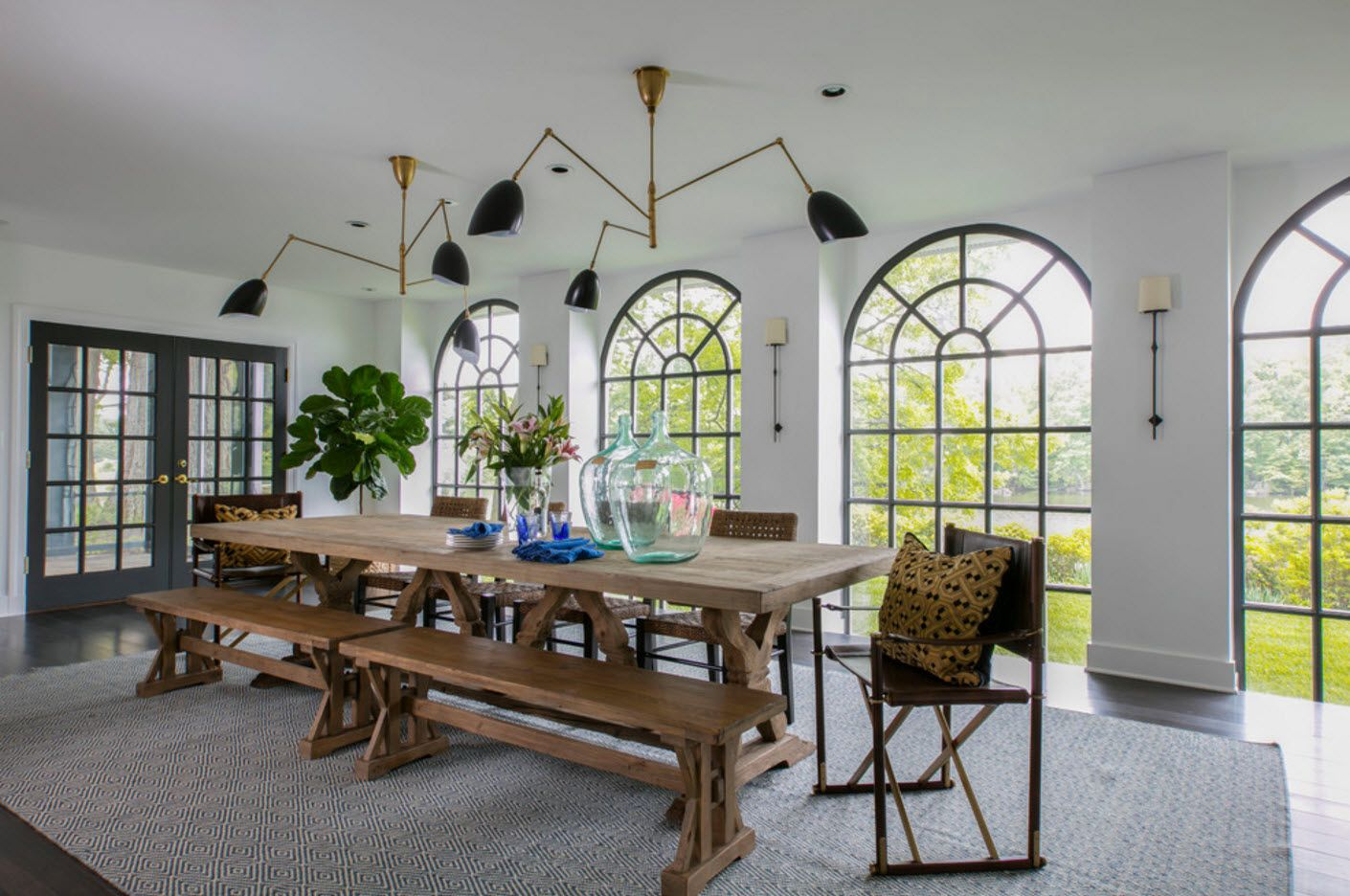Mediterranean styled parge dining room at the countryside cottage