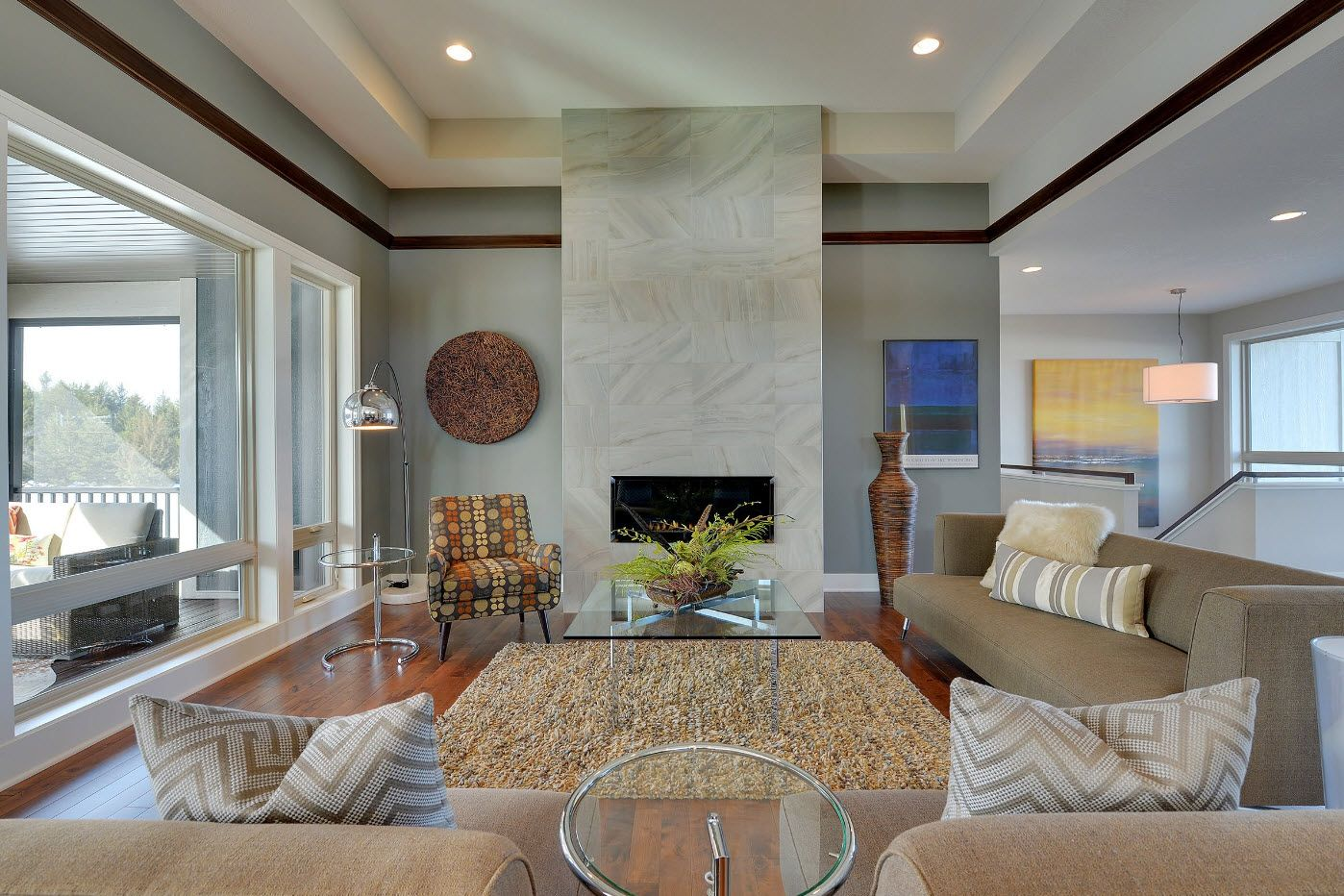 Marble textured wall in the classic spacious living room