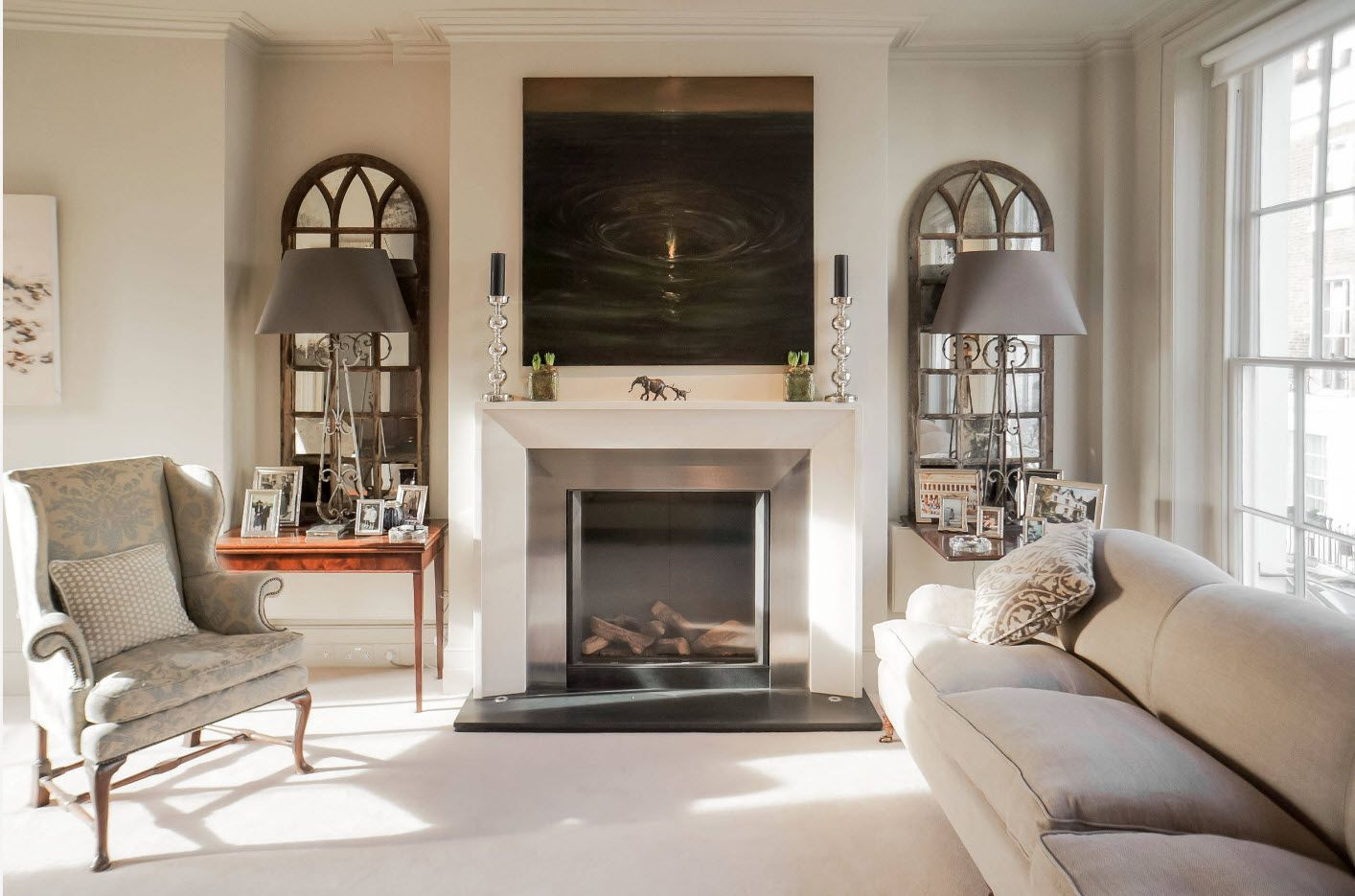 Creating Living Room Interior Inspiration Design Ideas 2017. Classic arrangement and fireplace for private house living