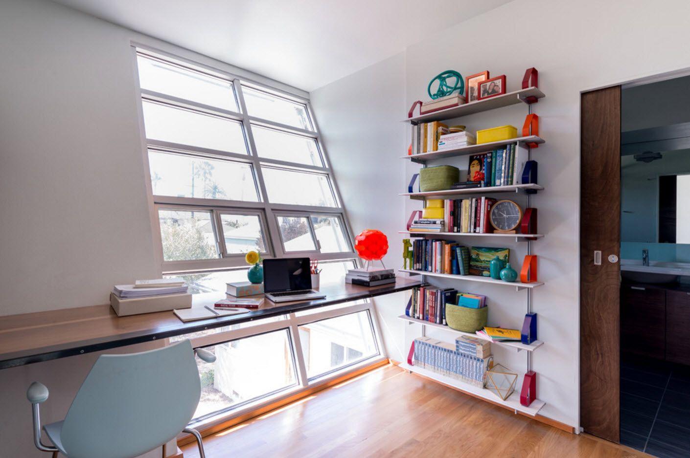 Unusal slanted window pane at the modern home office 2017