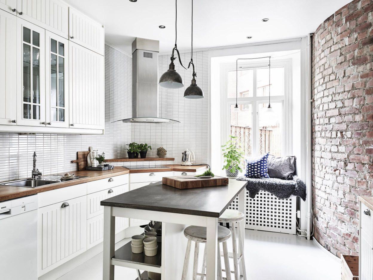 40 Square Feet Kitchen Modern Design Ideas & Layout Types. Nice plan with dark tabletop