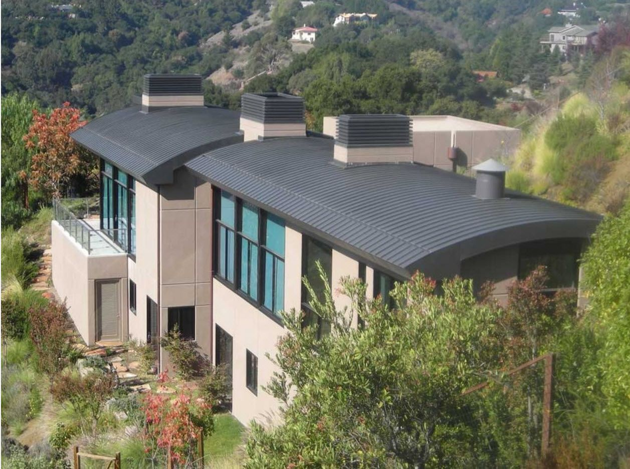 100+ Private House Roofs Beautiful Design Ideas. Spectacular vaulted roofing for the large mansion at the rocky mountains