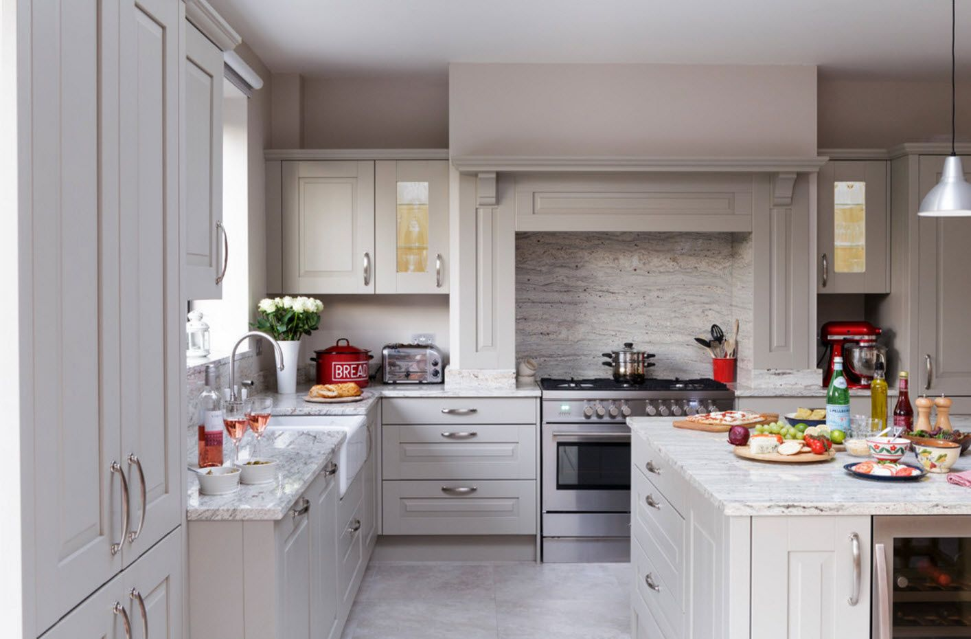 100+ Photo Design Ideas of Modern, Comfortable IKEA Kitchens. Modern rusticailty in the large room