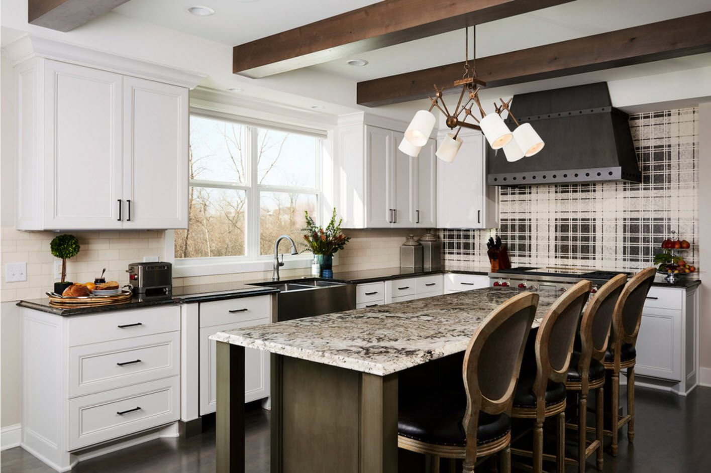 Open ceiling beams in the contemporary styled kitchen