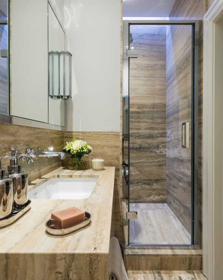 Matble structure imitating accent wall
