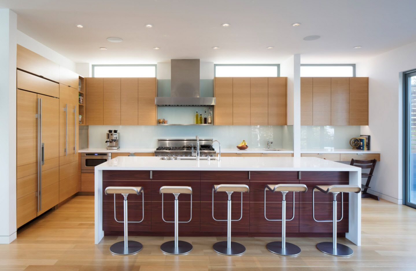 100+ Photo Design Ideas of Modern, Comfortable IKEA Kitchens. Beige island sides and bar stools of steel frame