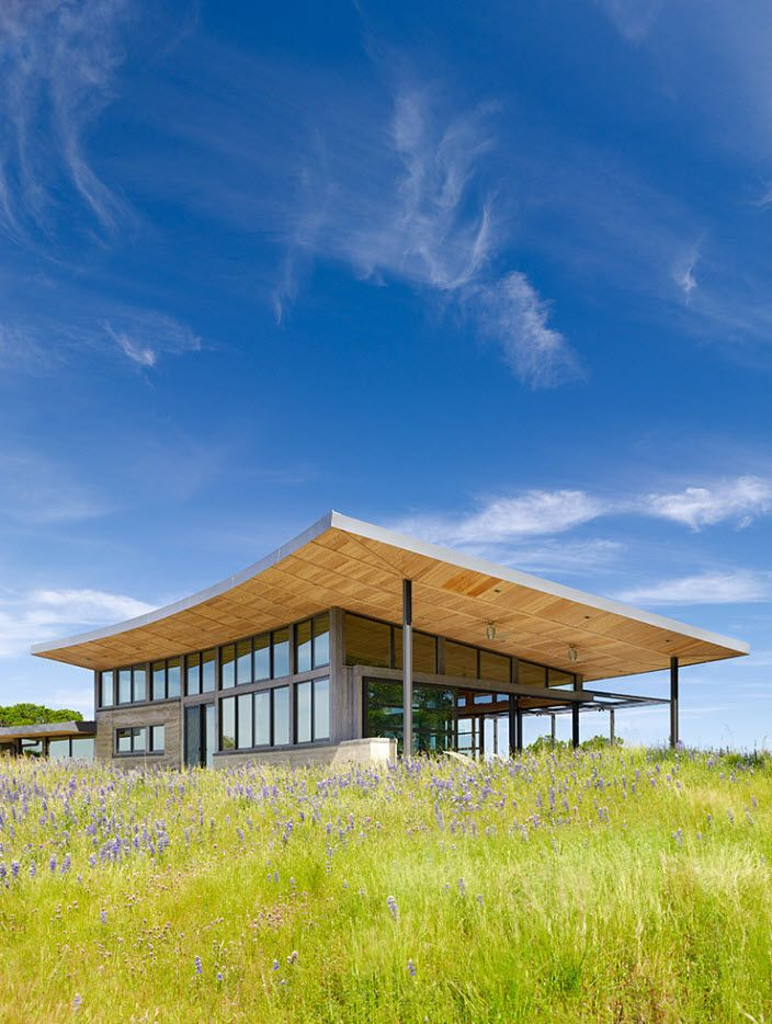 100+ Private House Roofs Beautiful Design Ideas. Bent butterfly roof for the modern cottage
