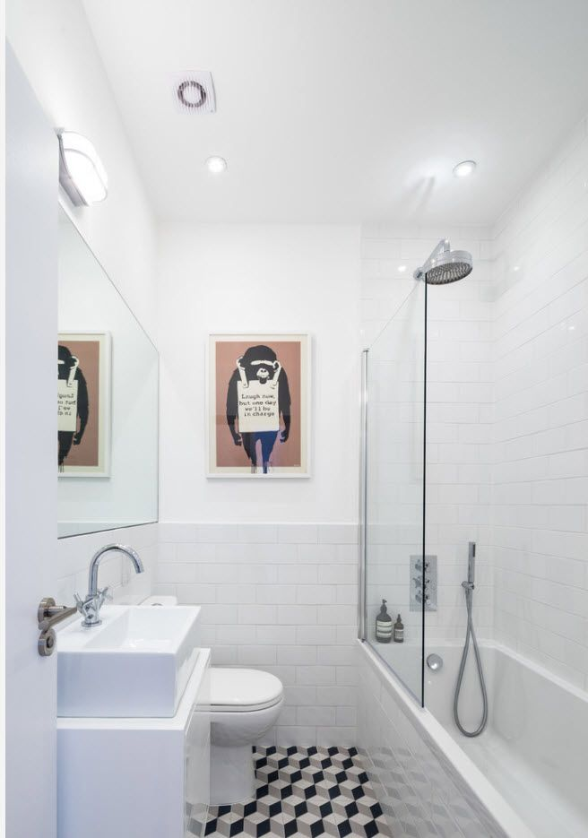 White glossy contemporary styled bathroom