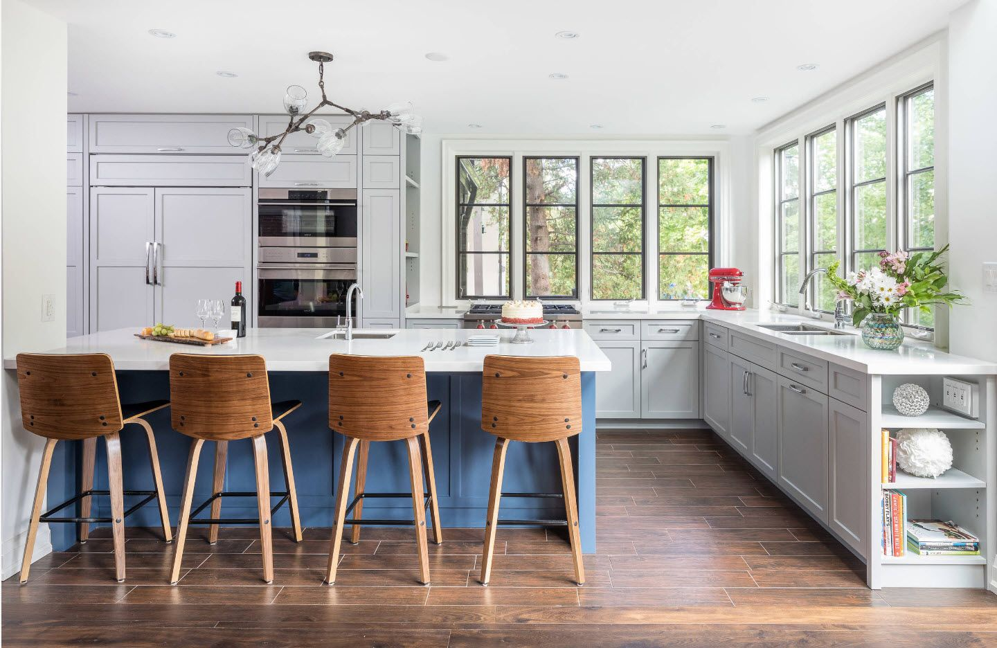 Nice modern formed wooden chairs at the kitchen island