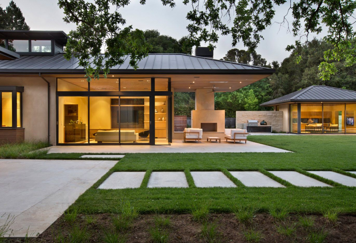 100+ Private House Roofs Beautiful Design Ideas. Wisely projected landscape design at the private territory with spectacular cottage with glass walls