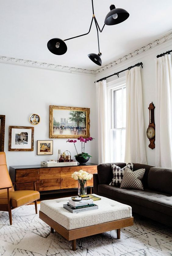 Vintage setting of the interior with nice white wall decoration