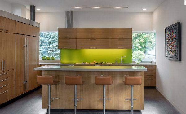 100+ Photo Design Ideas of Modern, Comfortable IKEA Kitchens. Green highlighted splashback
