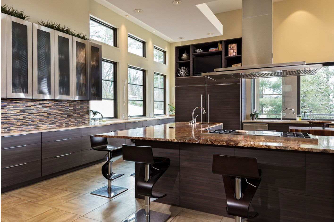 Nice dark wooden imitation at the kitchen island