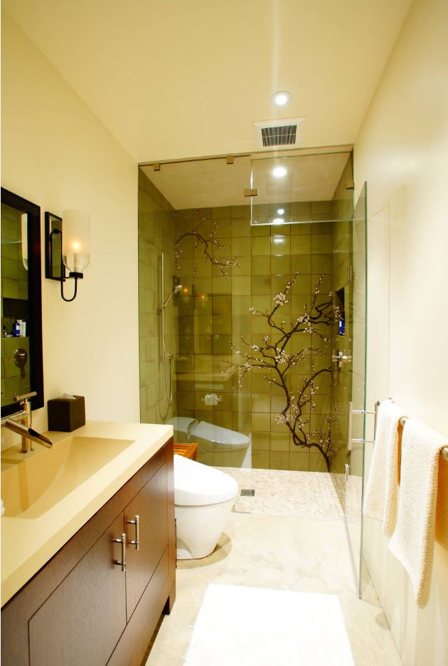 Gorgeous design of the glass shower cabin