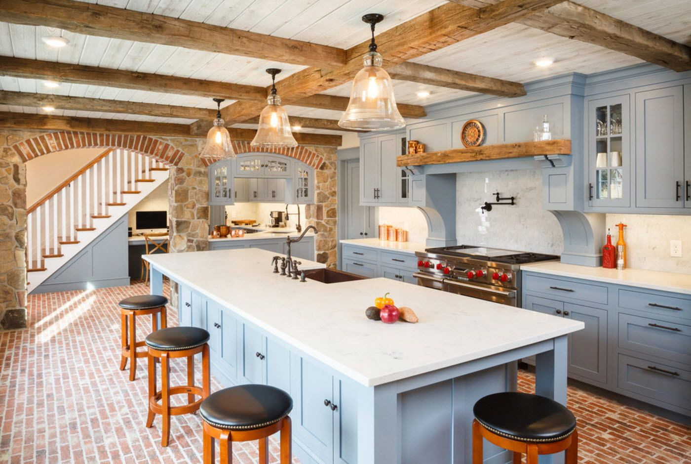 Modern rustic style with open ceiling beams