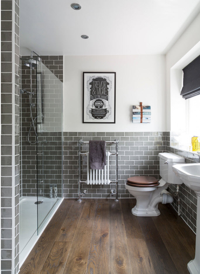 Classic style in thebathroom with gray tiles whitewashed seams