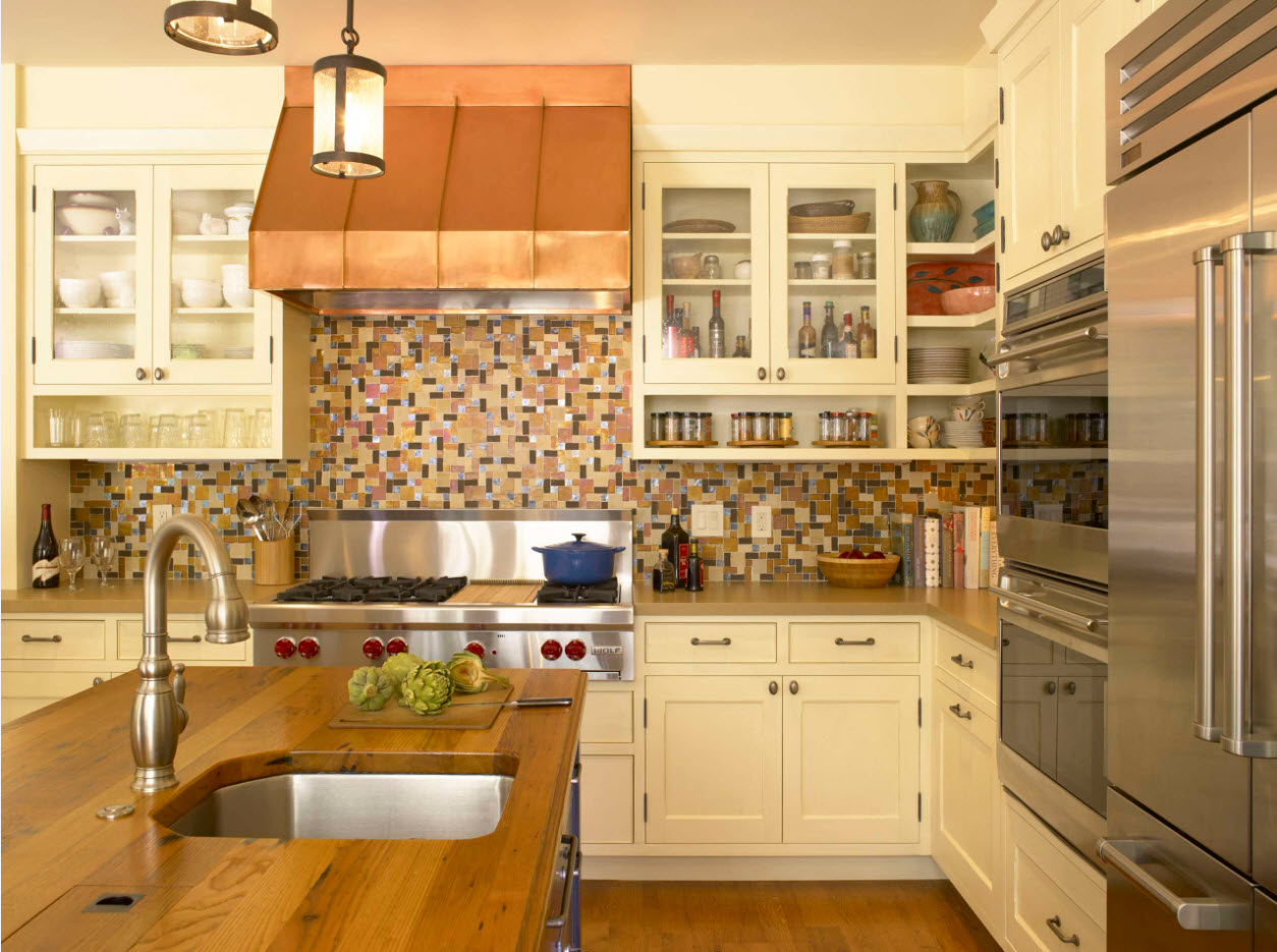 Angular Kitchen Layout Design Ideas 2017. Provence styled space with large hob and dome of the extractor hood