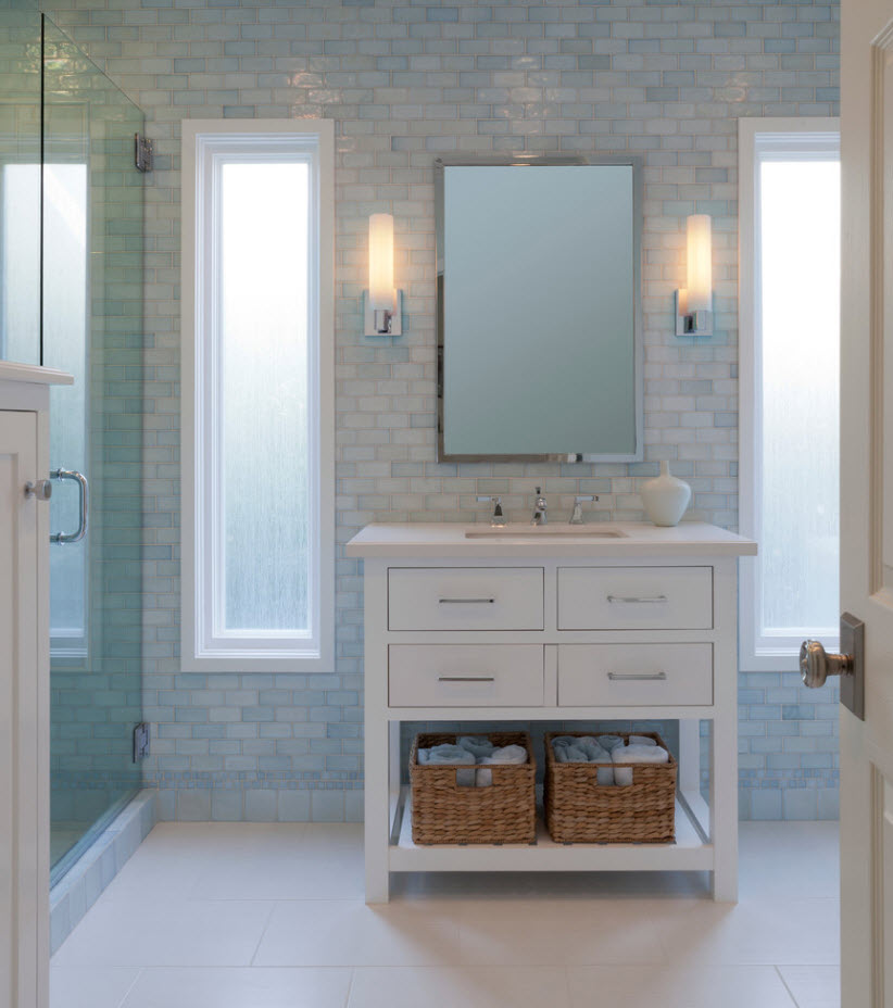 Classic bathroom style with using shallow mosaic tile and light gray palette