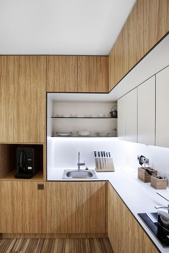 100+ Best Original Kitchen Design Ideas with Photos. White inner contains of the furniture set with light wooden facades