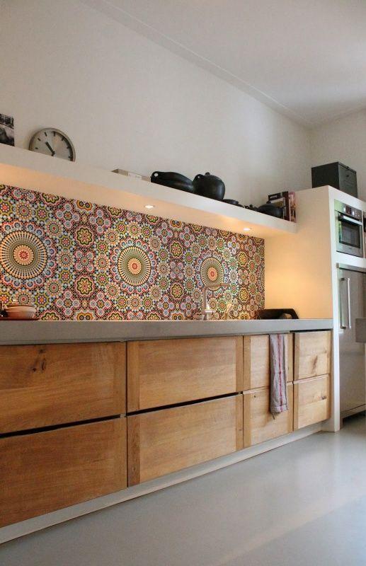 100+ Best O100+ Best Original Kitchen Design Ideas with Photos. beautiful painted panel instead of standard splashbackriginal Kitchen Design Ideas with Photos. beautiful painted panel instead of standard splashback