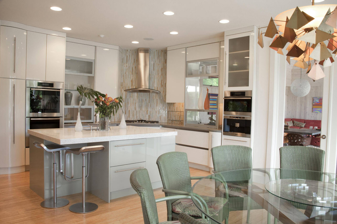 Modern kitchen set with combined white and pale olive bottom
