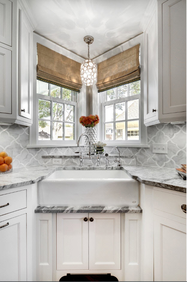Angular Kitchen Layout Design Ideas 2017. Nice pedestal for the sink with windows and nice built-in stand