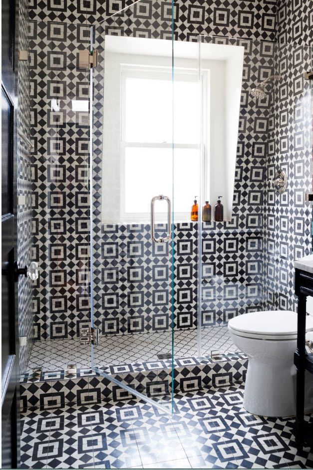 Black and white pattern in the modern minimalistic bathroom with window
