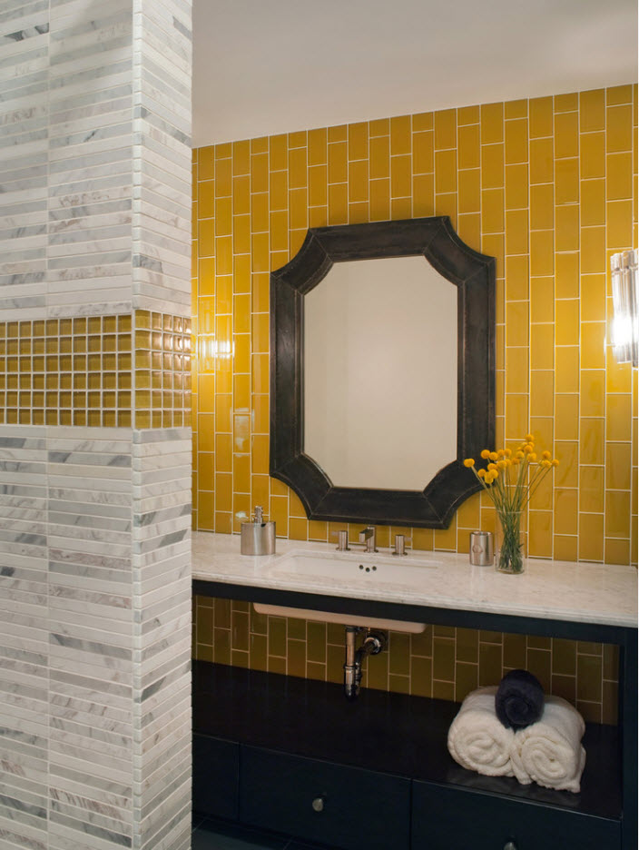 Unexpected yellow tiles in the modern apartment