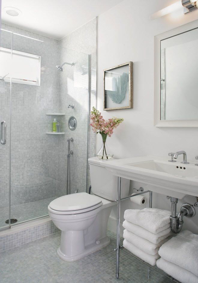 Contemporary style with vase and flowers in the bathroom