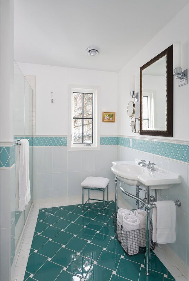 Nice turquoise floor and accent stripe at the wall