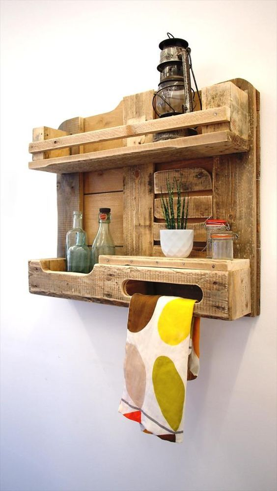 Wooden box made of building palette for small bottles