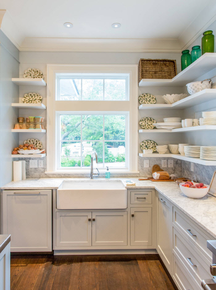 L-shaped kitchen design with open shelves in rustic style