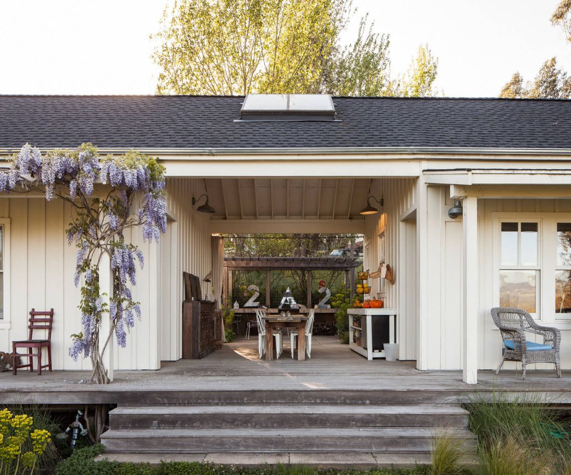 Country House Porch Decoration & Design Ideas. Nice walk-through architecture of the patio