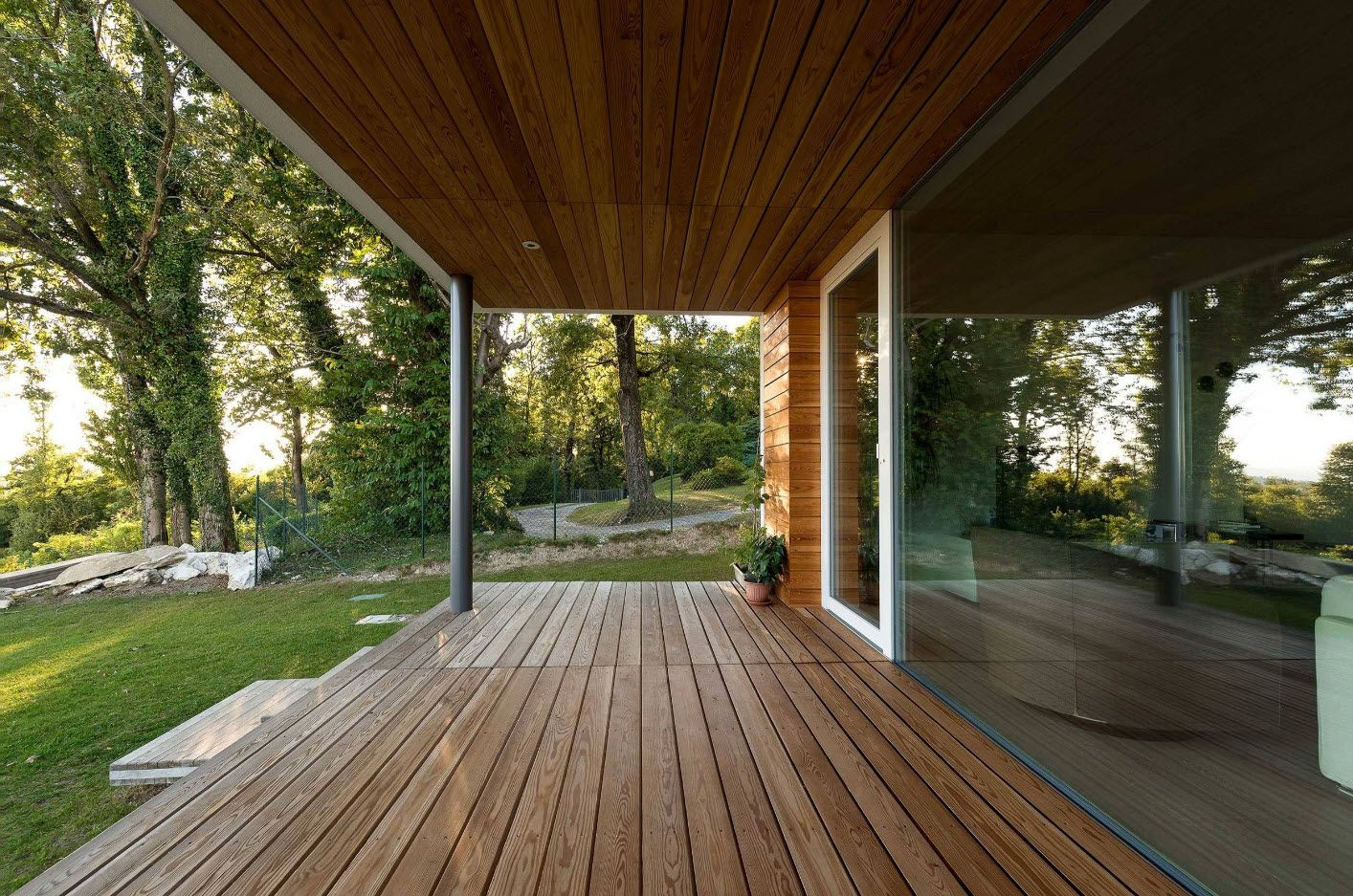Country House Porch Decoration & Design Ideas. Broad modern space in minimalsitic style