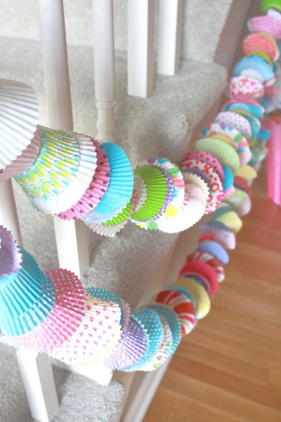 cupcake paper trays cound together with a thread