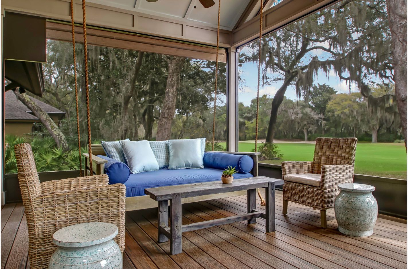 Open design of the porch area at the tropic zone located house