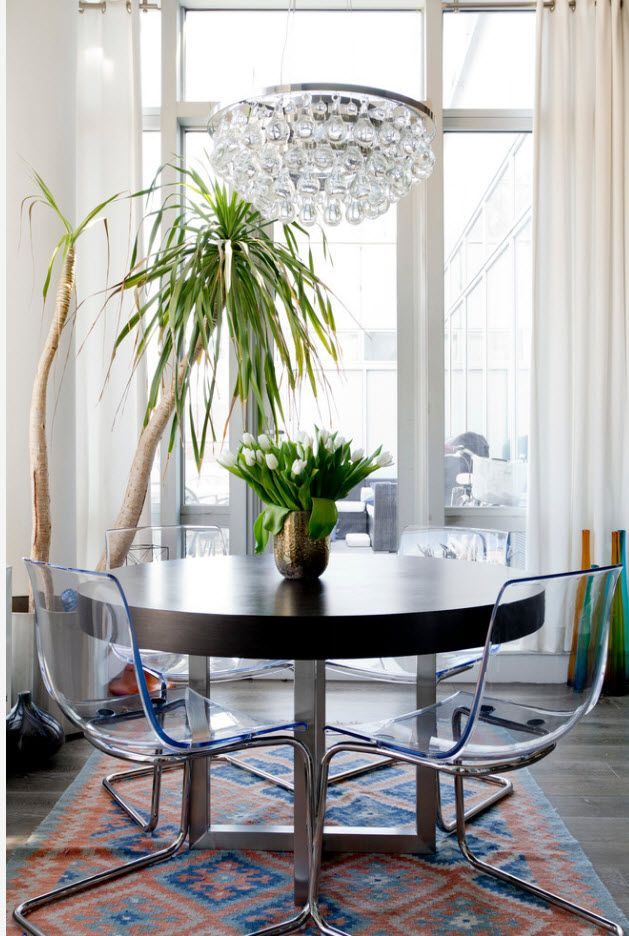 Eco and hi-tech designs intermixing in modern styled dining room