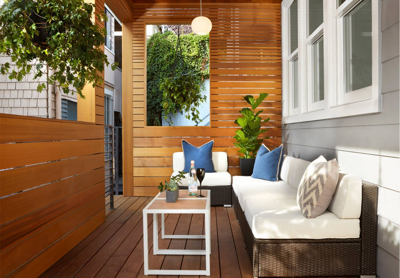Country House Porch Decoration & Design Ideas. Wooden partition and living plants at the relaxing zone