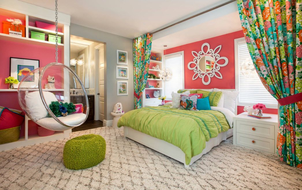 Green color notes in the red wall decorated room for kids