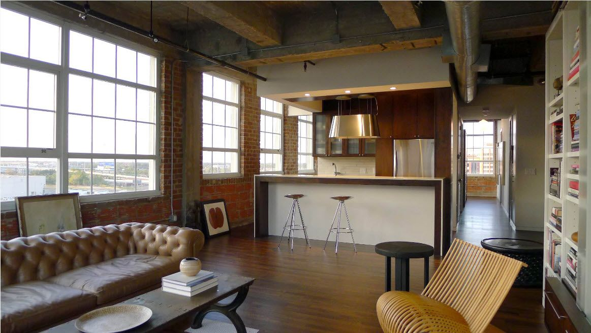 Loft Styled Kitchen. Industrial Motiffs for Comfortable Life. High hollow ceiling with open utilities